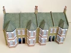 Victorian terraces (kingsway john) Tags: victorian terraced houses 176 scale oogauge model card kit kingsway models terd