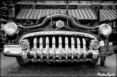 What Big Teeth You Have! (Photos By Vic) Tags: 1950 50 buick carart chrome aacasoutheasternmeet classic car carshow generalmotors bw old vehicle vintage automobile antique