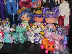 SSC display 2 (Veni Vidi Dolli) Tags: strawberryshortcake kenner dolls crepesuzette almondtea teablossom