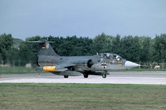 TF-104G Marineflieger (Rob Schleiffert) Tags: f104 starfighter lockheed mfg2 marineflieger valkenburg 2781