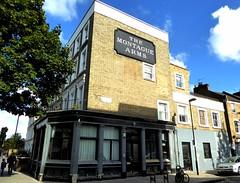 Montague Arms (Draopsnai) Tags: montaguearms pub lostpub shutdownpub closeddownpub residential benwellroad bryantwoodroad holloway islington