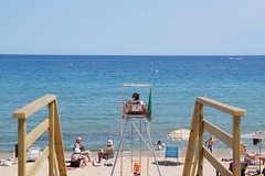 Lifeguard (michelleborraz) Tags: lifeguard sea beach landscape simetry simetria sonyalpha3000 nature vanishing vanish point sagaro costa brava catalonia catalunya