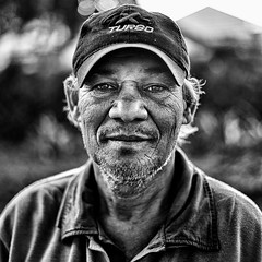 GC- (10) (Gustavo Castellon) Tags: color efex pro canon documentary portrait 50mm 6d blackwhite socialdocumentary streetphotography photography
