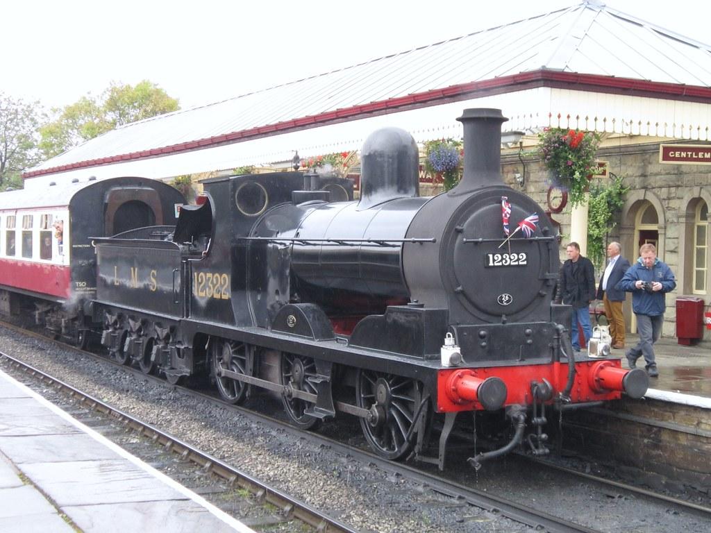 East Lancashire Railway: Lancashire & Yorkshire 12322 at Ramsbottom  (15/10/
