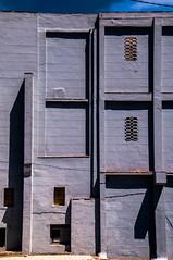 Hauswand (Nihil Baxter007) Tags: haus house fassade wand wall conrete beton strase street bauwerk immobilie construction konstruktion huserwand shadow schatten