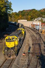 Butler Yard (sullivan1985) Tags: train railroad railway morning nysw susquehanna susieq newyorksusquehannawestern southerndivision su100 ws2 emd electromotive sd402 sd60 nysw3018 nysw3806 nysw3808 yellowjacket yellow butler butleryard newjersey nj morriscounty eastbound freight freighttrain autumn