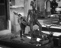 Cesar's Resting Place (Ed Tottenham) Tags: tomb tombstone cimetiredumontparnasse boulevardedgarquinet 75014 paris france cimetire cemetery montparnassecemetery montparnasse grave restingplace