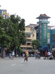 Frisbee dog (program monkey) Tags: oldquarter vietnam hanoi catch leap jump dog frisbee