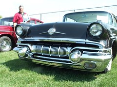 Pontiac_Chieftain_1957 (5) (Alain Berthelot) Tags: door 2 hardtop car doors top chief hard 1957 pontiac mn 57 collector tein chieftain tain cheiftain chieftein