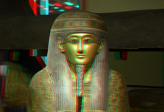Mummy-coffin RMO 3D (wim hoppenbrouwers) Tags: leiden 3d anaglyph stereo mummy coffin mummies cases rmo rijksmuseumvanoudheden redcyan mummycoffin mummykist