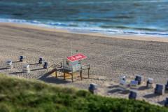 Baywatch (Nihil Baxter007) Tags: sea beach strand meer wasser shore northsea nordsee baywatch strandkorb wellen strandkrbe