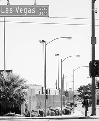 Las Vegas (Robert Borden) Tags: nevada southwest northamerica lasvegas street bw monochrome