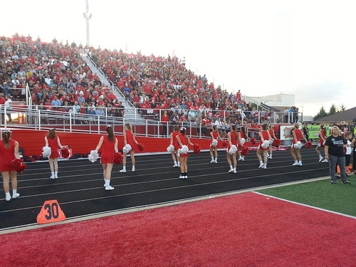 "Center Grove vs Carmel 9/2/2016 • <a style=""font-size:0.8em;"" href=""http://www.flickr.com/photos/134567481@N04/29336986271/"" target=""_blank"">View on Flickr</a>"