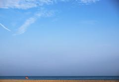 Season is ending (Paco CT) Tags: accidentegeografico cielo escenario landform mar motif playa sky topografia topography agua beach place scenary sea water castelldefels barcelona spain esp pacoct 2016 outdoor