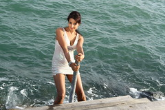 South Actress SANJJANAA Photos Set-9 (1)
