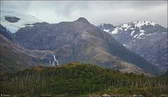Entre glaciares (antoniocamero21) Tags: glaciar nieve hielo agua rboles color foto sony patagonia chile cielo nubes