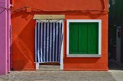 380 Colours (Miguel Castrillo Melguizo) Tags: burano venecia venezia italia italy casa house naranja oranje verde green window ventana nikon dc3200 colors colores colours colorful