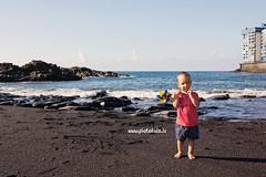 IMG_4332 (dandrix) Tags: family familyphoto photoshoot photographerintenerife          ocean sea beach port childrenphoto