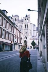 Amiens cathedral (Leo Hidalgo (@yompyz)) Tags: canon eos 6d dslr reflex yompyz ileohidalgo fotografa photography vsco france amiens travel viaje francia portrait girl blonde