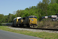 S226- UP 4795- Elephant style (Photo Squirrel) Tags: railroad up train maryland brunswick unionpacific locomotive csx freighttrain brunswickmd railroadcar emd csxt freightcar sd70mac s226 metropolitansubdivision autoracktrain frederickcountymd emdlocomotive csxmetropolitansubdivision autorackcar automobiletrain up4795
