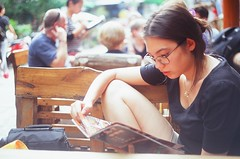 (Choollus) Tags: china travel travelling primavera film girl beautiful analog reading glasses spring asia chica alicia guilin yangshuo velvia brille lunettes fille yashica viaggio cina chine analogica viajar ragazza occhiali lir guanxi viajo fujicrome madchen viaggiare legggere