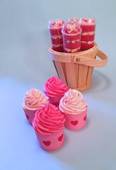 Cupcakes and Cake Push Ups (Cakes By Jacques) Tags: pink party cake hearts cupcakes sleep girly over pop ups valentines push favor jacques sleepover favour partybag cakesbyjacques cakepushpop cakepushups
