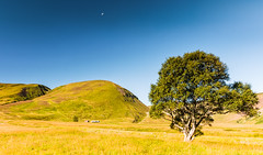 Moonset at Coignashie (Stoates-Findhorn) Tags: 2016 coignashie estate findhorn highlands hills moon ruins scotland set valley unitedkingdom
