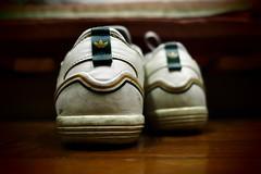 80's (AdrianoSetimo) Tags: shoes tnis adidas brazil brasil olympusomdem10 olympus olympus17mm dof 35mm vintage retro eighties sneaker stilllife