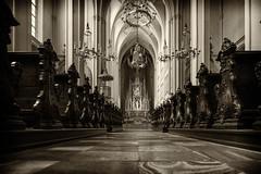Augustinerkirche (eiljot) Tags: 1650mm urlaub2016 sony michaeldernbach alpha6000 personen wien monochrom church austria vienna gebude weis hofburg sterreich kirche schwarzweis white schwarz black bw bildgestaltung