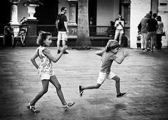 Street (daniele romagnoli - Tanks for 14 million views) Tags: spagna d810 biancoenero bw bianconero bambini children giochi romagnolidaniele blackandwhite canarie lapalma santacruz island nikon