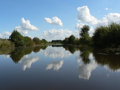 boating in Rheiderland (achatphoenix) Tags: boot boat boating sieltief tief tiefs rheiderland ostfriesland eastfrisia eau water wasser clouds nuages nuage wolken sky waterscape reflection h2o