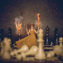 336/365 (Sariixa) Tags: me yo myself selfportrait portrait retrato fire fuego ajedrez chess light luz dress yellow vestido amarillo photomanipulation photoshop fotomanipulacin fotomontaje manipulation montaje 365 sarixa play jugar square cuadrado reina queen magic magia game juego fineart