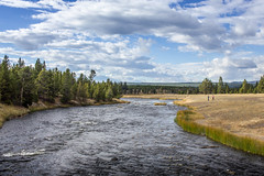 firehole river (Christian Collins) Tags: firehole river yellowstone rio wyoming crossing water sky cloud canon t2i geyser basin caliente efs24mmf28