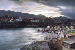 Cubos de la Memoria. Llanes, Asturias. (salci_j Nikon D3200) Tags: llanes asturias cubosdelamemoria atardecer sunset sea