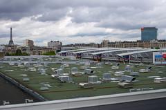Les toits de Paris (Olivier DESMET) Tags: paris toits urbain olivierdesmet urban paysageurbain architecture toureiffel couleur cie pentax k5 da35