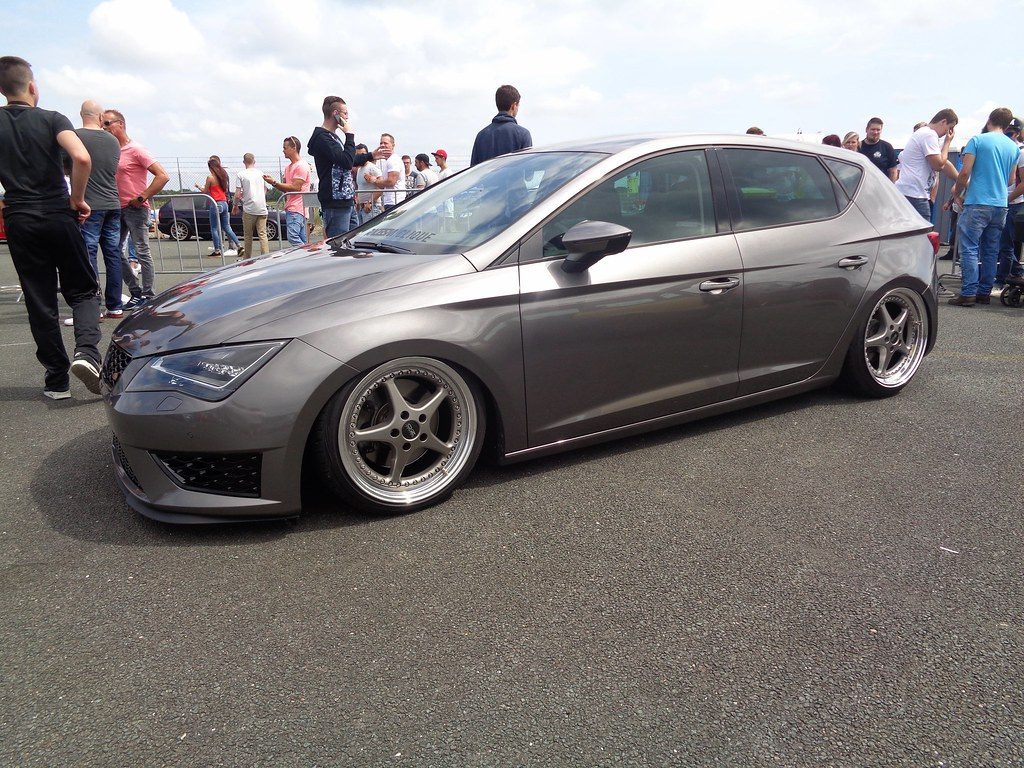 Seat Leon 5F (911gt2rs) Tags: treffen meeting show event tuning tief ...