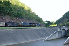 Coal Train at Bud Board (Photo Squirrel) Tags: bridge car train csx csxt coaltrain freighttrain ge csx578 ac44cw csx3153 es44ach locomotive budboard cumberlandnarrows cumberlandmd maryland froggy1053