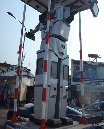 Robot policía.   Kinshasa. RD Congo