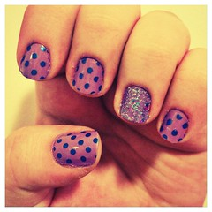 Polka dots (Anna.bb) Tags: cute bolinhas nails unhas meigo esmalte uploaded:by=flickrmobile flickriosapp:filter=chameleon chameleonfilter
