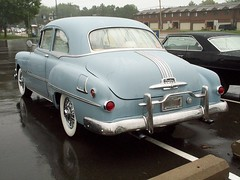 Pontiac_Chieftain_2_doors_1951 (5) (Alain Berthelot) Tags: show 2 car doors chief 8 pontiac 51 eight collector 1951 tein chieftain tain eights chieftein