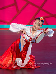 Jilin folk dance (Pic_Joy) Tags: costumes heritage dance dancers dancing chinese performance arts culture dancer  tradition      traditionaldance  chinesedance       chinesetraditionaldance    jilinartstroupe  vivocity2013