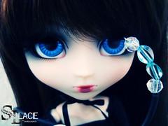 Sl Lacie (By Lemon) Tags: blue red brown black eye japan hair eyes doll loneliness head korea lips sl wig ribbon pullip bloody lacie shared hoog obitsu