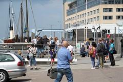 Lost In Space (brandsvig) Tags: june skåne flickr sweden harbour photowalk sverige malmö flickrmeet cog ef bore hamn canon500d 18135 2013 enighet kogg universitetsbron ssbore