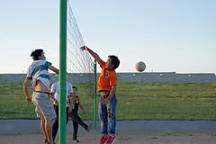 IMGP0391 (Henk de Regt) Tags: mongolië mongolia mohron mce buhug vrijwilligers volunteers children kinderen school sport games fun waterfight slangenmens contortionist summercamp