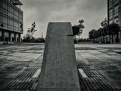 Hull 21.09.2016 (Reynard_1884) Tags: olympusomdem5 olympus england eastyorkshire greatbritain micro43rds em5 kingstonuponhull mirrorless monotone riverhumber microfourthirds mono sculpture blackwhite monochrome artinbw blackandwhite bw humberquays mu43 fishingport silverefexpro2 hull uk olympusomd