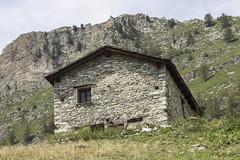 baita (pattyna84) Tags: baita montagna mountain panorama paesaggio paesi pietra natura nature cuneo vallemaira italia italy immagine picture piemonte