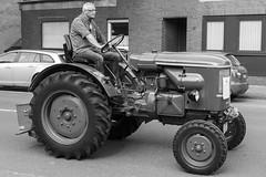 Trecker Oldtimer Rallye - 012_Web (berni.radke) Tags: treckeroldtimerrallye rallye trecker oldtimer lanz bulldog deutz schlter johndeere newholland fendt hanomag fahr leopard wesseler mccormick allgaier man traktor lette kartoffelmarkt