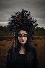 Klara (RobT4L) Tags: canon canon7dmarkii canon7dmark2 canon24105 portrait portrtt sweden ume tfte yongnuo flash queen queenofthewoods black makeup horror evil fairytale fineart