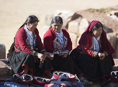 Peru (richard.mcmanus.) Tags: peru andes people portrait traditional costume mcmanus latinamerica chinchero