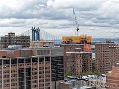 One Manhattan Sq. Rising (Joel Raskin) Tags: gouverneurhospital onemanhattansquare lowereastside manhattan cityscape city buildings construction crane constructioncrane rooftops manhattanbridge 1manhattansquare